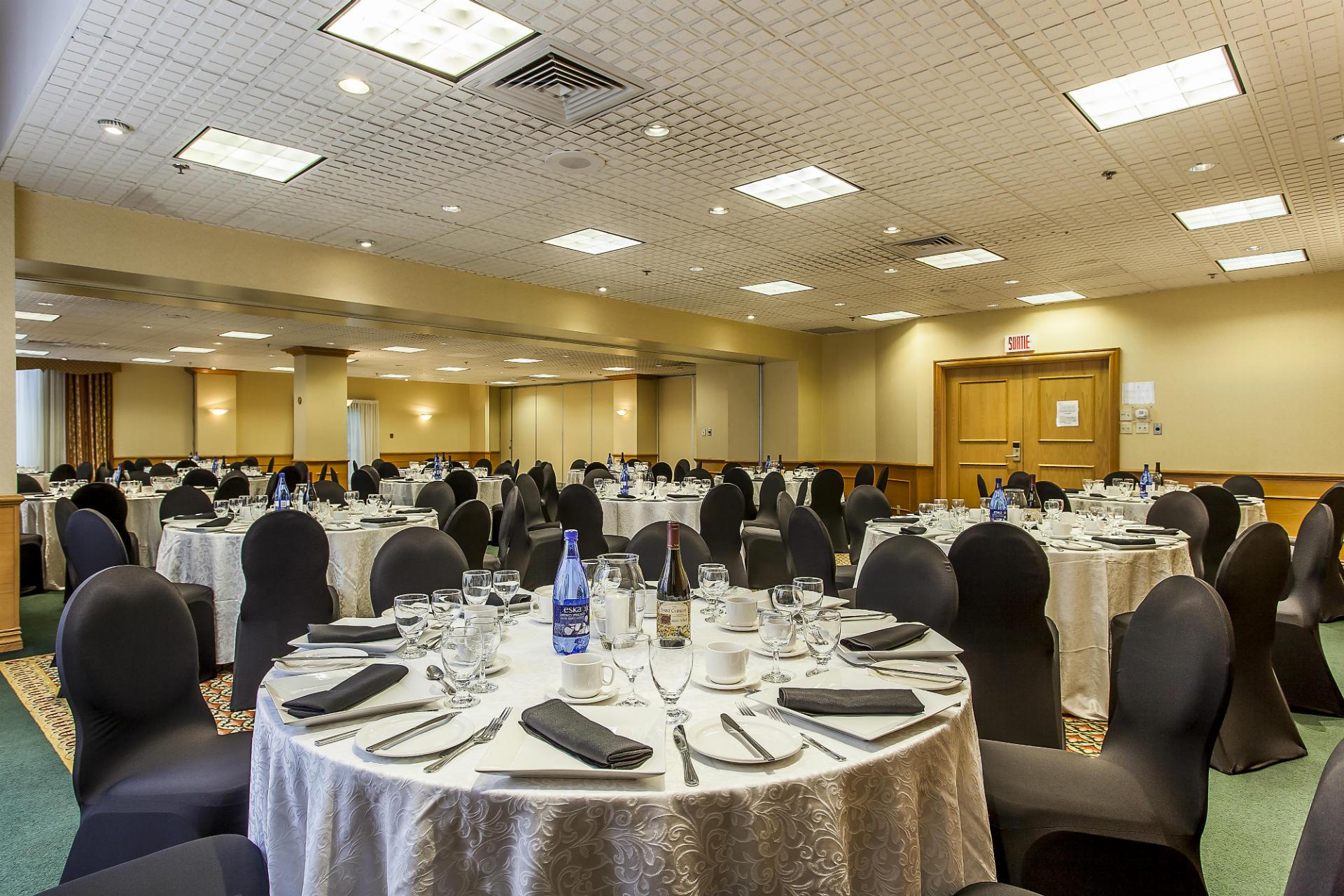 Maisonneuve Salle de Banquet