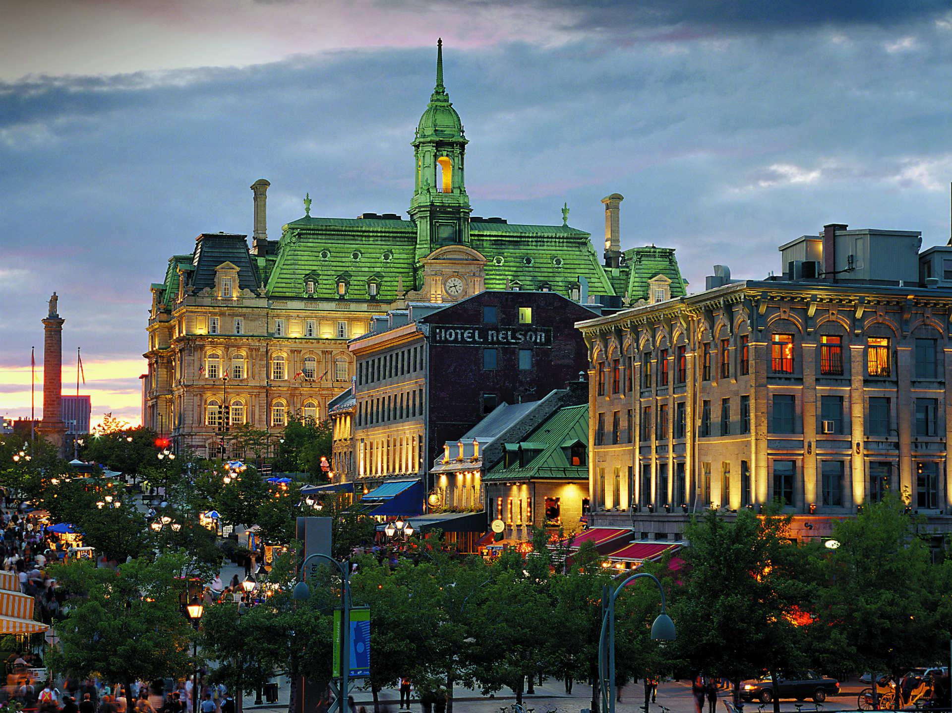 Place Jacques-Cartier Vieux-Montréal